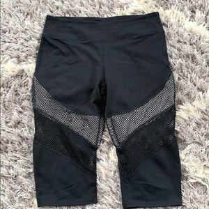 Fabletics active wear crop pants